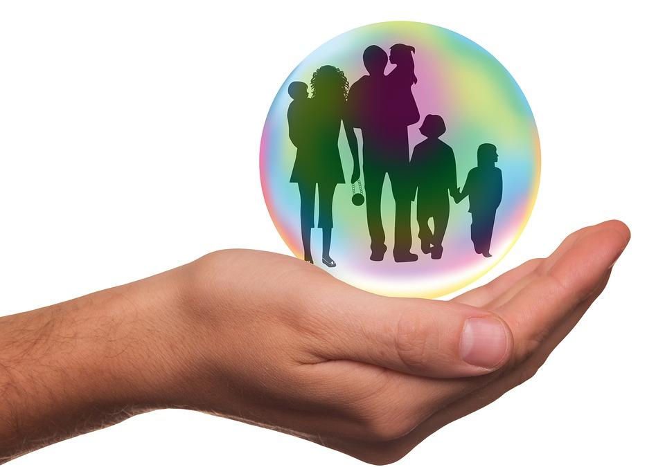 семейные традиции - обязанность государства