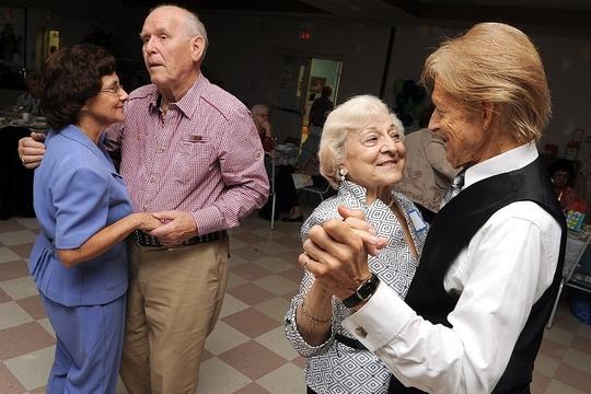 старость и танцы