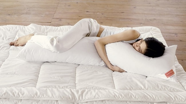 сон с подушками